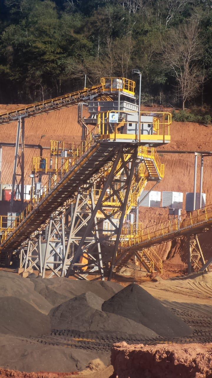 Zmm Mineração Teixeiras